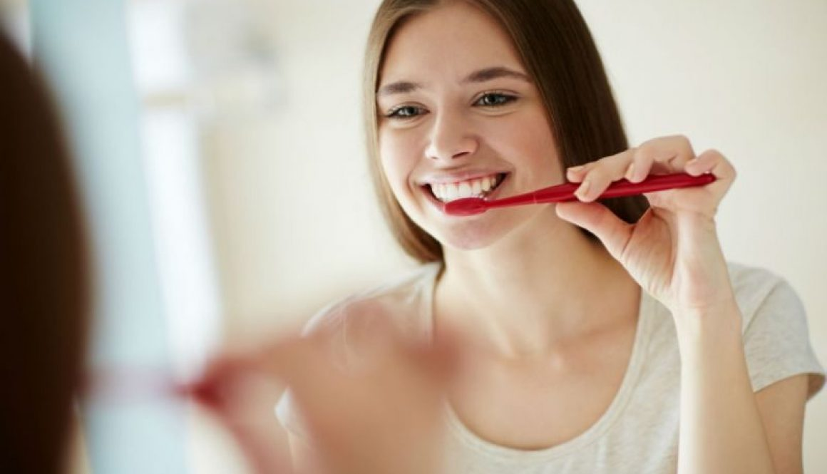 Tips To Healthy Teeth Cleaning and Natural Remedies That Could Help